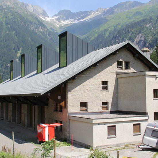 Bless Gebäudehüllen: Referenz Prefadach