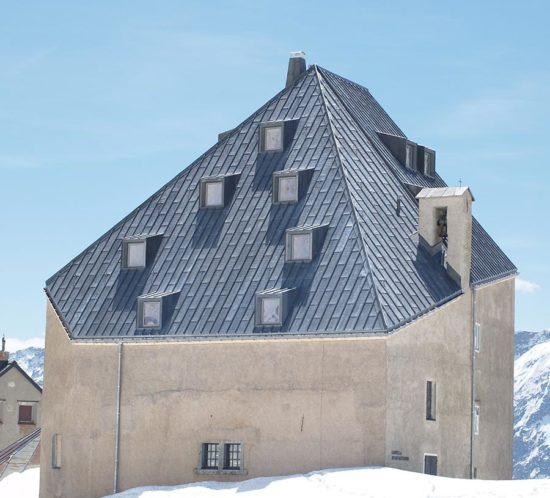 Bless Gebäudehüllen: Referenz Bleihut Gotthard Hospiz